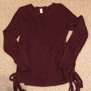 Maroon cross side sweater